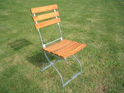 nous vendons des meubles de terrasse chaises tables et bancs pour la restauration et pour un. Black Bedroom Furniture Sets. Home Design Ideas